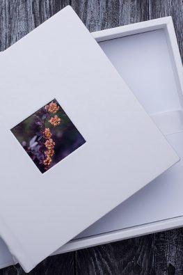 "Фотокнига ""Наша свадьба"". Размер: 200х200 мм. Подарочная упаковка."