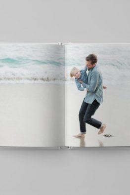 """Фотокнига """"Морские воспоминания"""". Размер: 200х200 мм. Страницы в блоке."""
