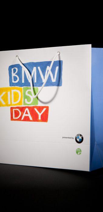 """Бумажный пакет для компании """"BMW"""" к мероприятию """"Kids Day"""""""