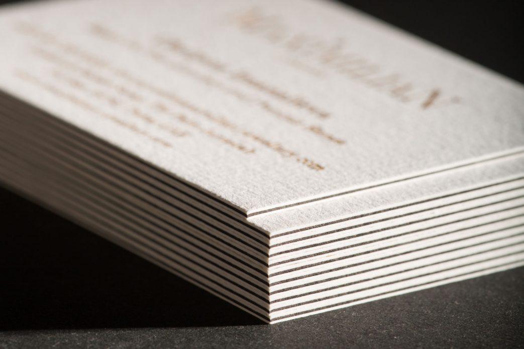 многослойные визитки ювелирной компании MaximiliaN (London)