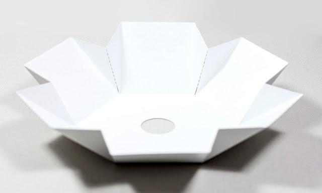 Коробочка из картона, шестигранная коробочка, вырубка, логотип, оригами, дизайн упаковки, заказать выставочную полиграфию, выставочная полиграфия недорого, фальцесклейка,