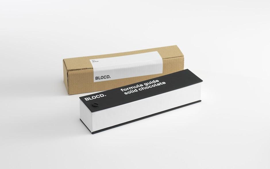 Pantone, дизайнер-полиграфист, буклеты, листовки, люксовая упаковка, бумажные пакеты из крафта, коробки из гофрокартона, брошюры, каталоги, вырубка, выборочный УФ-лак