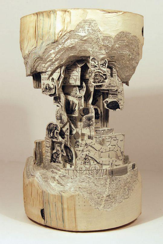 Книга-скульптура. Автор Brian Dettmer