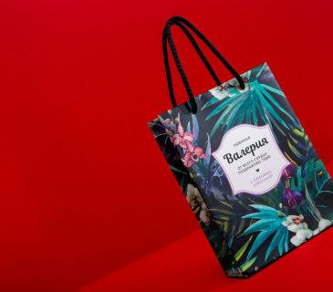 """Бумажный пакет """"Тропические цветы"""""""